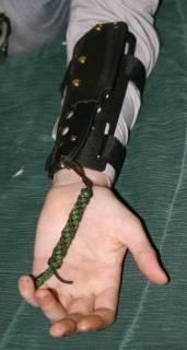 Нож с креплением на руку своими руками