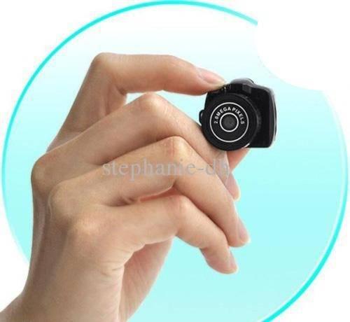 podglyadivanie-skritaya-kamera-v-dushe